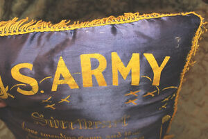 Vintage US Army Pillow London Ontario image 2