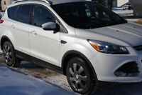 2014 Ford Escape Titanium with 2 sets of rims and tires