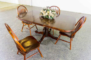 PRICE REDUCED! Beautiful Solid Wood Table Set Looking