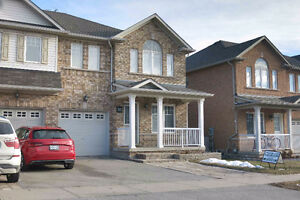 Gorgeous Townhome for lease in Oakville - Available April 15th,