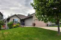 4927 Windsong Crescent