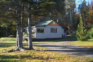 COTTAGE RENTALS + SPRING AND FALL BEAR HUNTS-1-2-3 bedrooms