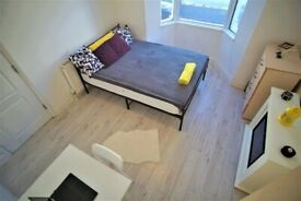 2 GREAT DOUBLE ROOM IN A STUNNING HOUSE IN HARINGAY GREEN LANES