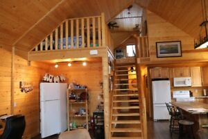 CLOSE TO ST. ALBERT OR SPRUCE GROVE (ACREAGE LIVING)