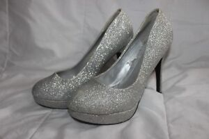MUST GO ASAP!! Sparkly Heels Size 9