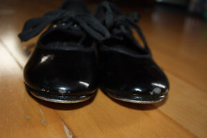 ABT Spotlights tap shoes size 12 London Ontario image 3