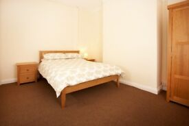 LARGE DOUBLE ROOM OR SINGLE TO RENT, PRO HOUSE SHARE, ALL BILLS INC,NO DEP, FULLY FURN V HIGH STAN