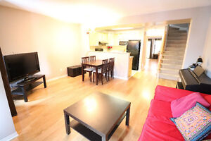 LOVELY TOWNHOUSE IN BARRHAVEN FOR RENT!