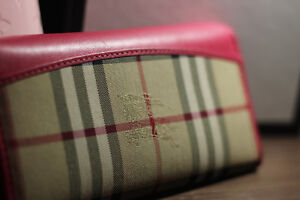 BURBERRY WALLET ROSE PINK(Clean and dry washing all done) St. John's Newfoundland image 2
