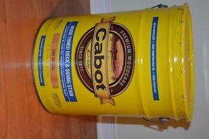 Teinture huile Cabot pour deck clôture