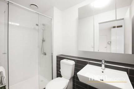 Fully furnished 2-bedroom Apartment Docklands