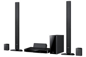 Samsung Home Theatre HT-F5530 3D Blu-ray player with speakers