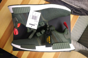 NMD R1 OLIVE GREEN 11
