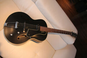 Guitare Godin 5th Avenue Électro acoustique