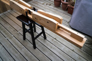 Ski Waxing station for cross country skis
