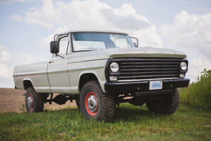 1967 Ford F250 Highboy 4x4 power steering/brakes