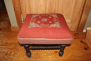 Old Antique Foot Stool London Ontario image 1