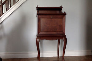 bombay bedside table/night stand