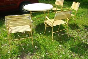 Mid Century Hollywood Regency Bamboo Patio Table & Chair Set Belleville Belleville Area image 6