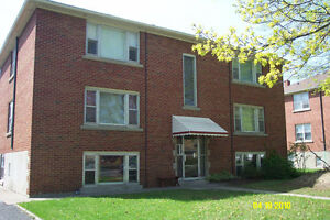 Bright & Clean 1 Bedroom Apartment in St. Catharines