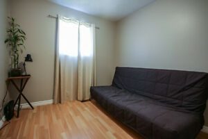 SMRT- Great Starter Home that's move in ready! Kingston Kingston Area image 6