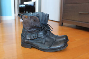 ***Bunker motorcycle boots Leather_10-1/2US***