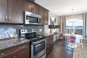 SHERWOOD PARK DUPLEX IN A QUIET CUL DE SAC - NEW WITH WARRANTY