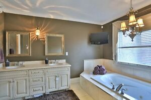 EXCLUSIVE LISTING: Prestigious Deer Ridge Estates Home Kitchener / Waterloo Kitchener Area image 8
