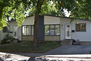 Excellent Investment Opportunity - Duplex in Eastview