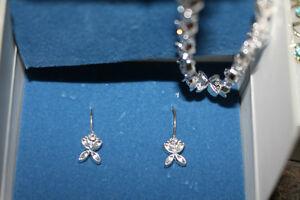 tennis bracelet set with earrings never worn