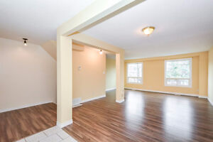 Great Condo Town Home Fully Updated. Live or Rent as Investment Kitchener / Waterloo Kitchener Area image 2