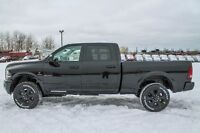 2016 RAM 3500 LARAMIE OUR MOST POPULAR WITH BLACK APPERANCE !!