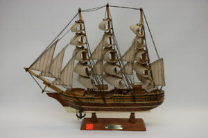 **BEAUTIFUL** Confection Wooden Ship Model (#15121)