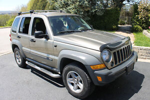 2005 Jeep Liberty 4X4 SUV, Crossover