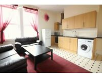 2 bedroom flat in Adelaide Terrace, Newcastle Upon Tyne, NE4