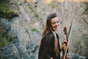 Classical Violinist / Celtic Fiddler