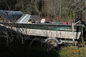 99 Grumman fishing boat with 175 Hp Mercury motor