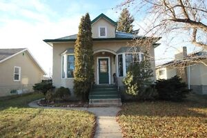 Character home in Elmwood Park!