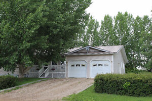4 Bedroom Finished Move in Ready Home on Dbl Lot in Turtleford