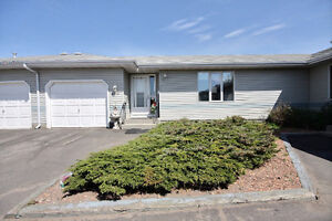 Move-In Ready Bungalow in Lakewood