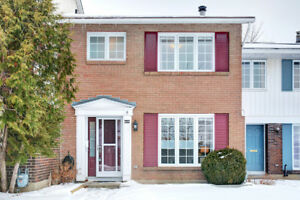 3 bedroom condo townhome for sale - great location!