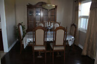 Excellent condition solid-wood Dining table set with hutch