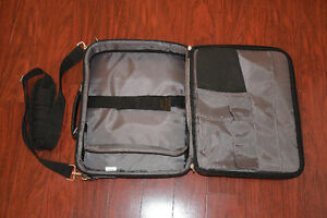 Sac d'ordinateur portable Targus ( laptop bag) West Island Greater Montréal image 2