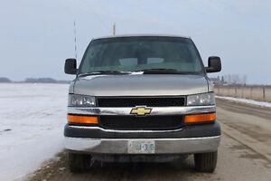 2004 Chevrolet Express 2500 - $4,950