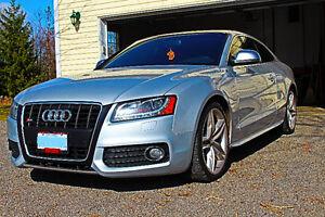 2008 Audi S5 Coupe (2 door) LOADED!