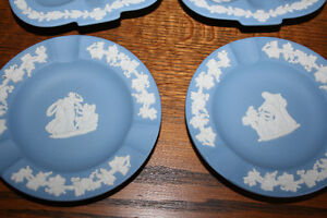 Wedgewood Blue 7 Pieces- NEW PRICE Belleville Belleville Area image 6