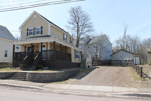 **MUST SEE** Moncton / Beautifully Renovated / Centrally Located