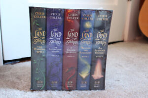 The Land of Stories Box Set