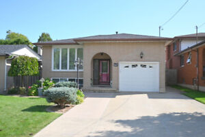 HAMILTON MOUNTAIN BUNGALOW FOR SALE ~ HURRY THIS ONE WON'T LAST!