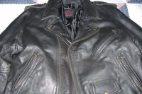 MEN'S (SCREAMING-EAGLE) LEATHER MOTOR-CYCLE JACKET/L
